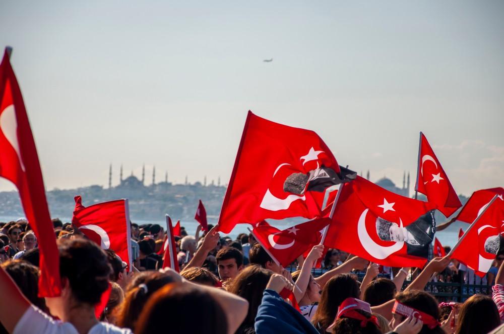 Tam Demokratik bir Türkiye için Atılması Gereken 11 Adım